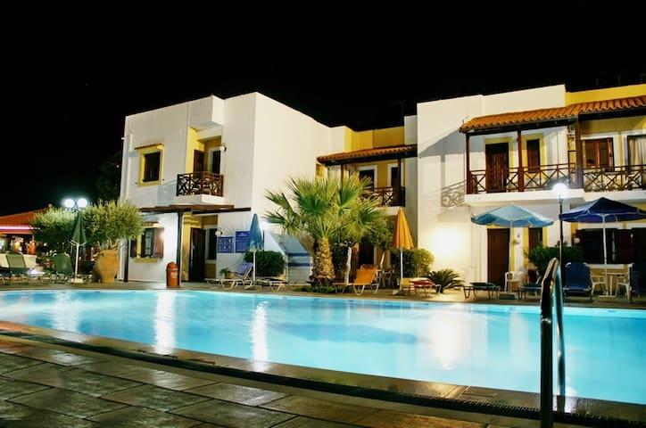 Modern apartment with wonderful sea or pool view 6 - Agia Pelagia