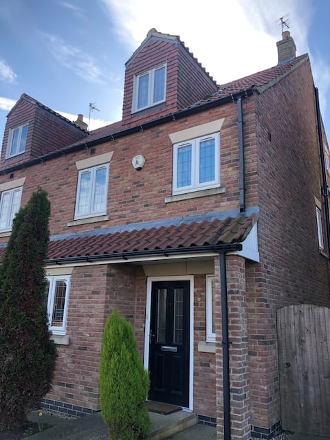 Pinfold Street,4 bedroom 3 storey town house