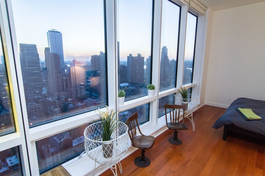 amazing views in midtown appartements louer new york new york tats unis. Black Bedroom Furniture Sets. Home Design Ideas
