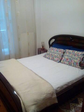 Apartment near Zeitinlik - Солун - Apartamento