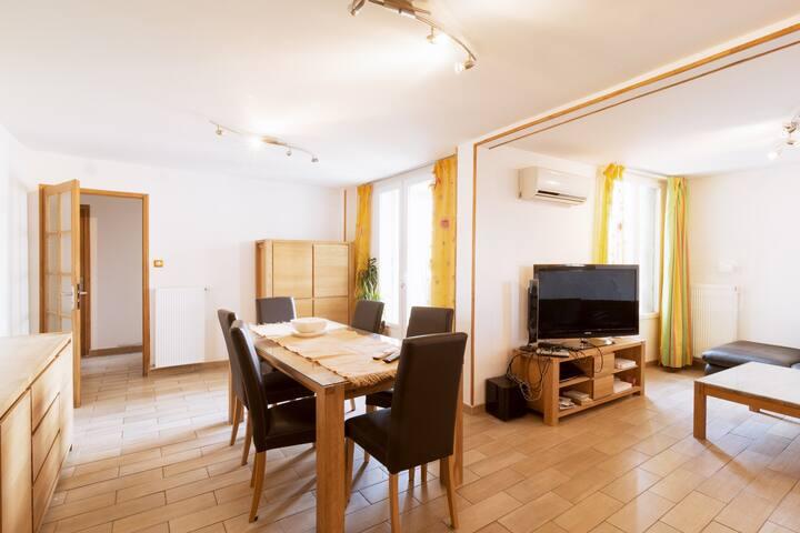 Nice & big flat in marseille 120m2 - Marseille - Wohnung