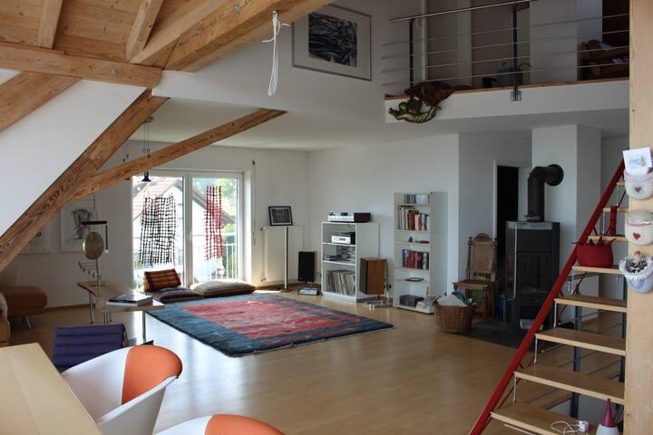 Besondere Maisonette-Wohnung mit Fernsicht