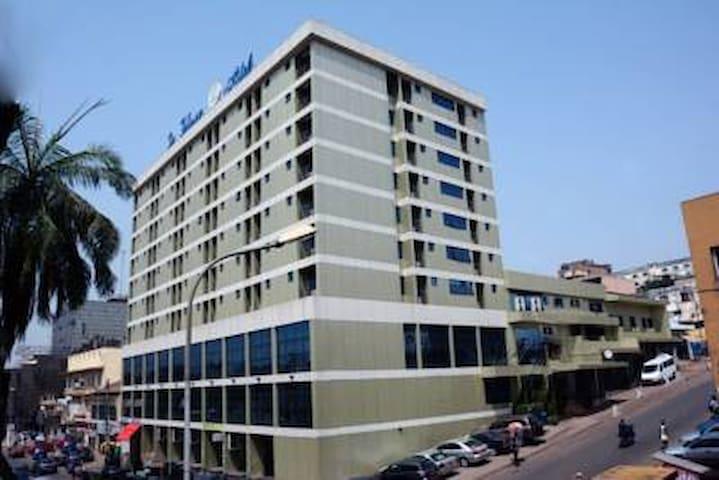 Hotel La Falaise Yaounde 4 étoiles