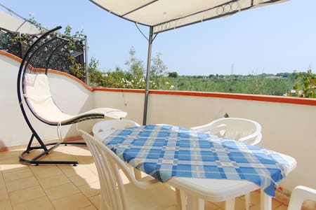 apartment in villa 500 meters from the beach.