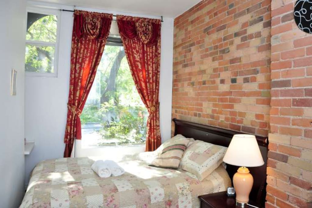 Private Bdrm Amp Bath Room 3 Guesthouse For Rent In