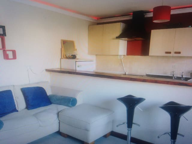 Small flat available in nice, quiet