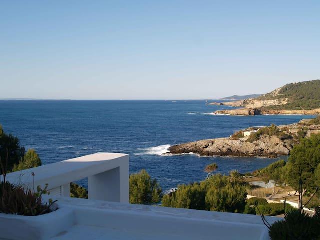 Casa sul mare a Ibiza