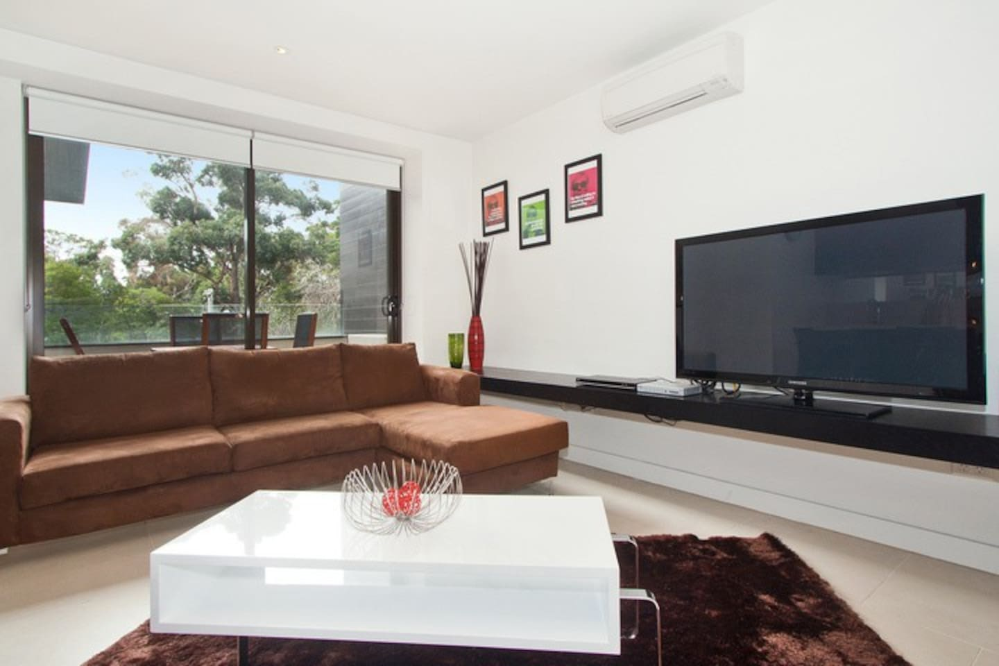 H219 2BR apt in heart of St Kilda