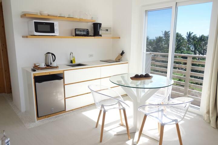 Stylish & Modern 1BR apartment on Boracay!
