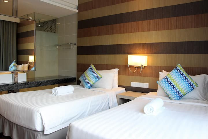 2 Single Bed Infinity Pool @ KL CITY