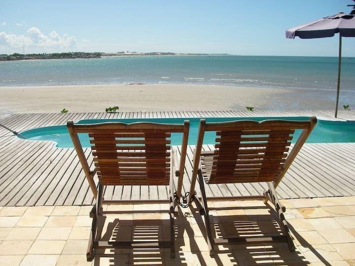 Charming Beachfront Villa on Porto Mirim Cove