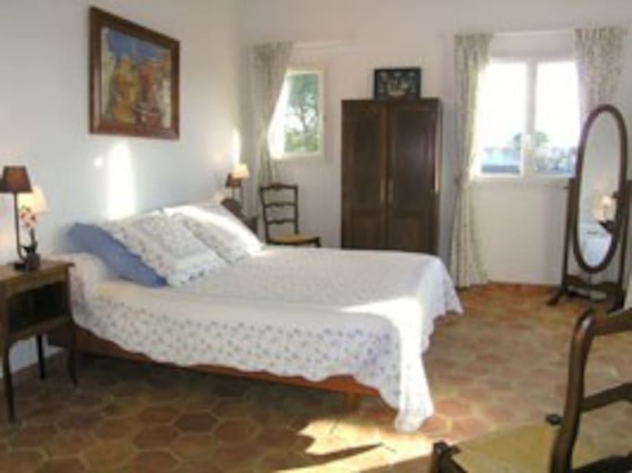 chambre d 39 h te top aix les milles bed breakfasts for