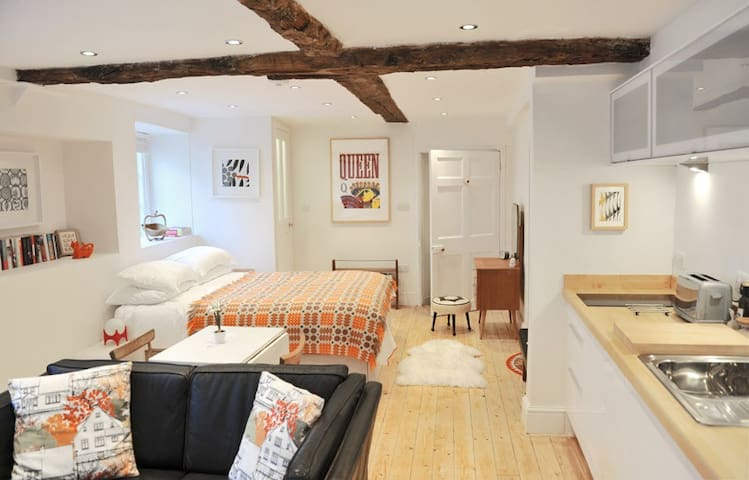 The Studio - boutique self catering near Bath - Bradford-on-Avon - Apartment