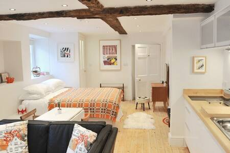 The Studio - boutique accommodation near Bath - Bradford-on-Avon