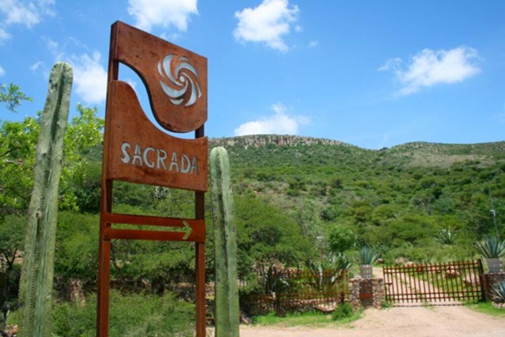 Sagrada's entrance, past Rancho Marroquin de Abajo