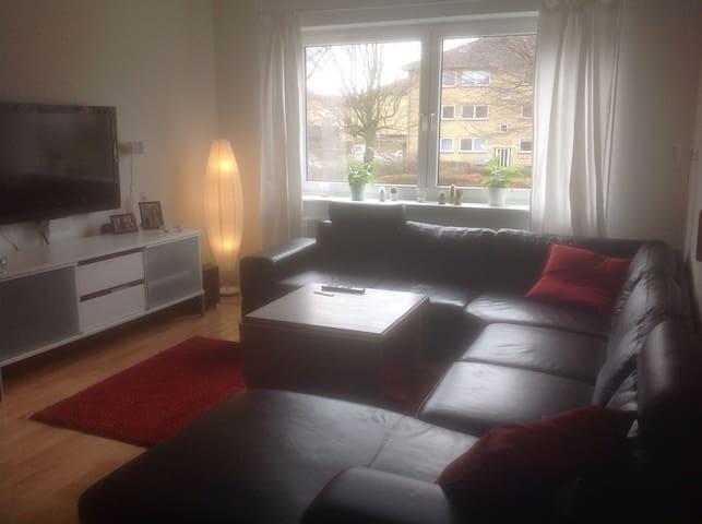 Dejlig lys lejlighed - Taastrup - Pis