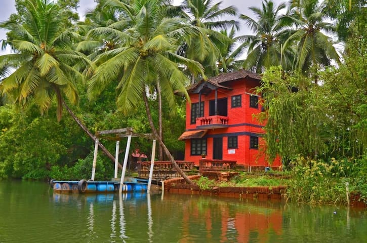 Island villa with a panoramic view of backwaters
