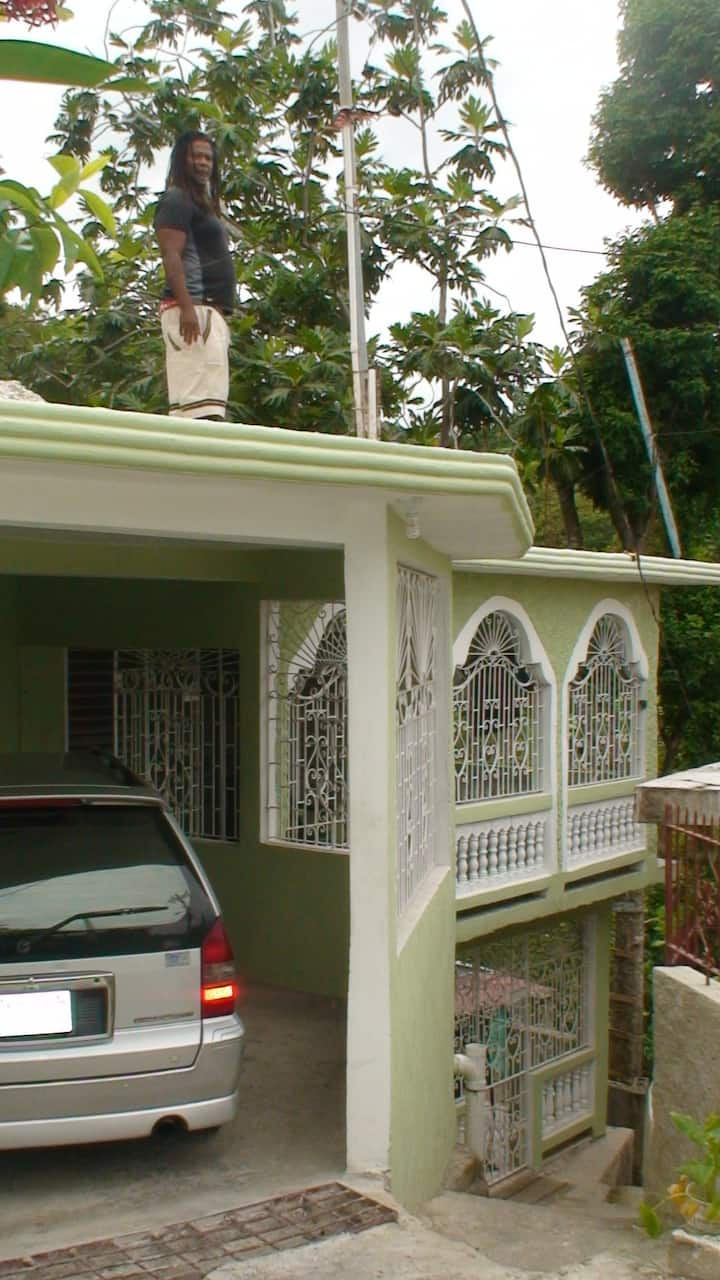 JAH BILLY'S TRU ITES GUESTHOUSE #2