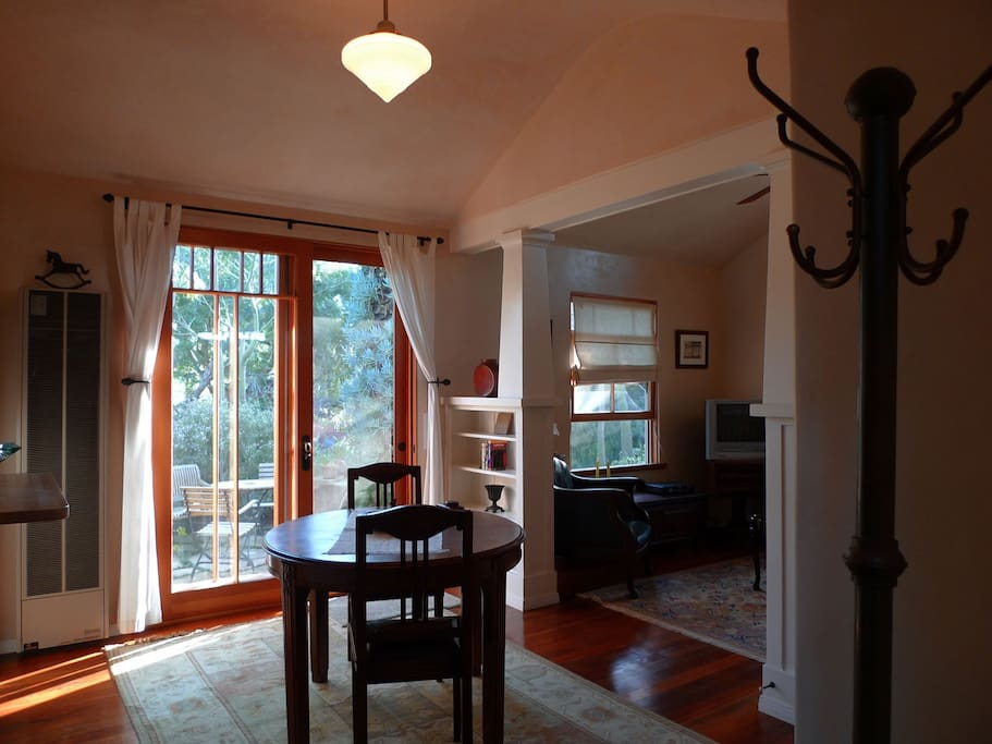 Entry/Dining Room