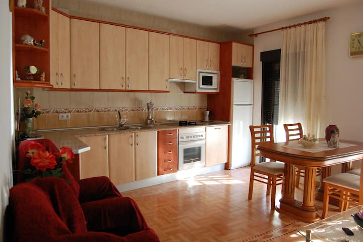 APARTAMENTO TURISTICO  CASA REAL (AT-CC-00459)