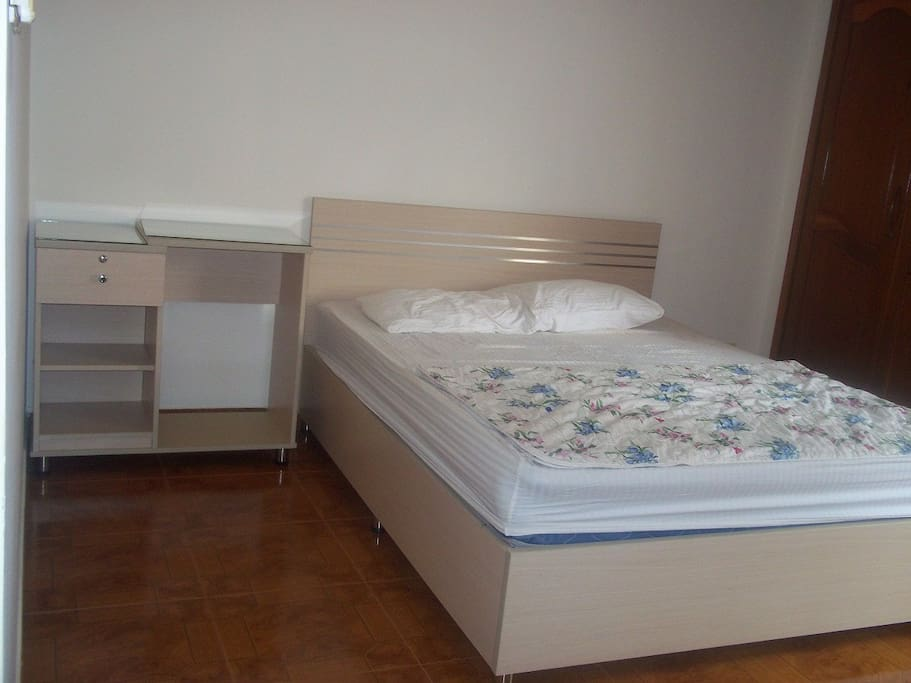 NICE-CHEAP APARTMENT IN DICTRICT 1