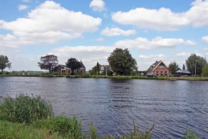 Amstel River b&b close to A'dam - Amstelveen - Bed & Breakfast