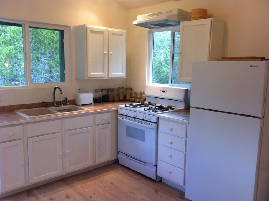 Fully equipped kitchen with Gas stove, all cooking pots, utensils and condiments. Bring your own food and enjoy your time.
