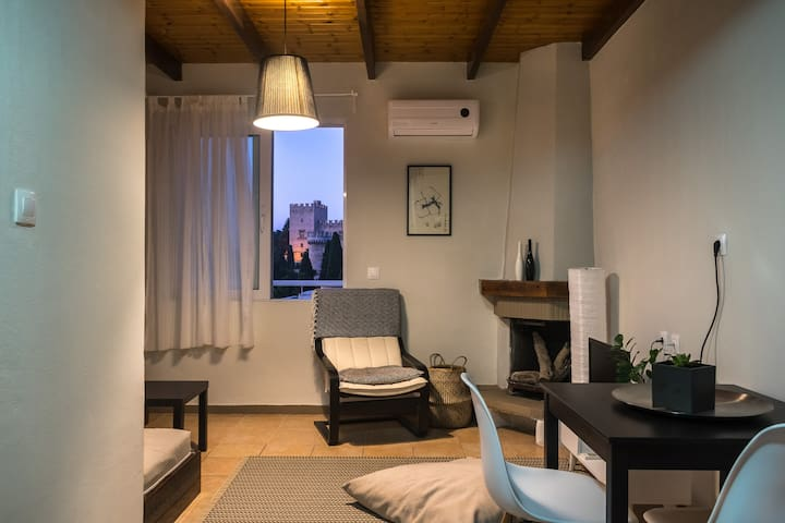 Castelo View Apartment in the Center of Rhodes