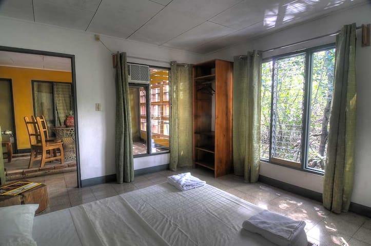 Beachfront Rooms and Restaurant - Puerto Jiménez - Bed & Breakfast