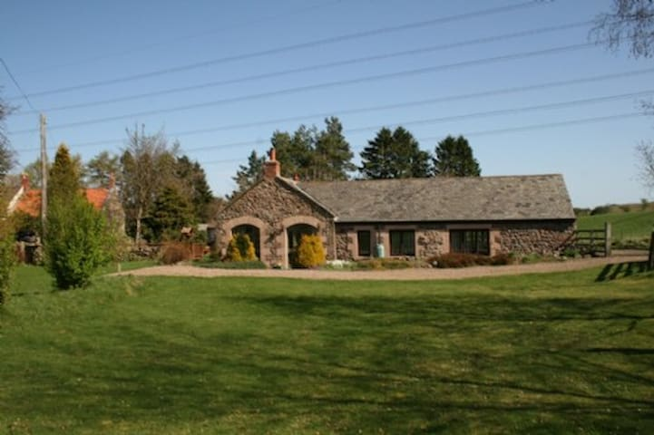 THE BARN, Nr Wooler - Wooler - Hus