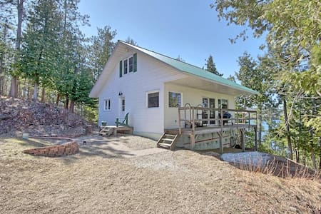 Waterfront Cottage near golf/ski - Gracefield - Kulübe