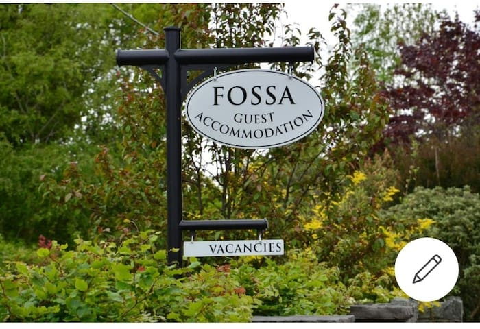 (Room 4) Fossa Guest Accommodation, Ring of Kerry