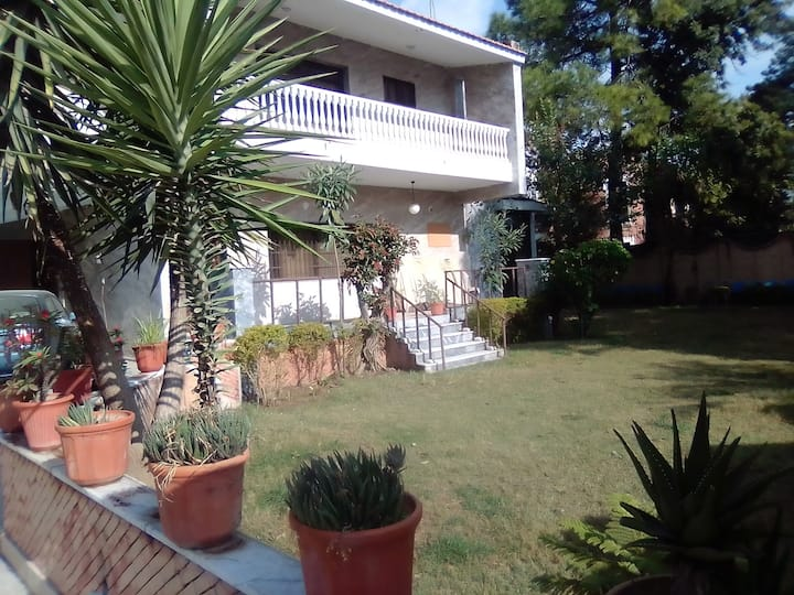Cosmos Guest House F8/1 Islamabad