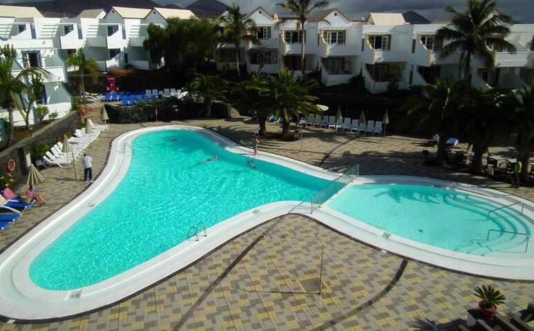 Morromar 711- 1 Bed - Grd Floor - Air-Con - Private Wi-Fi - UK TV - Pool Ba