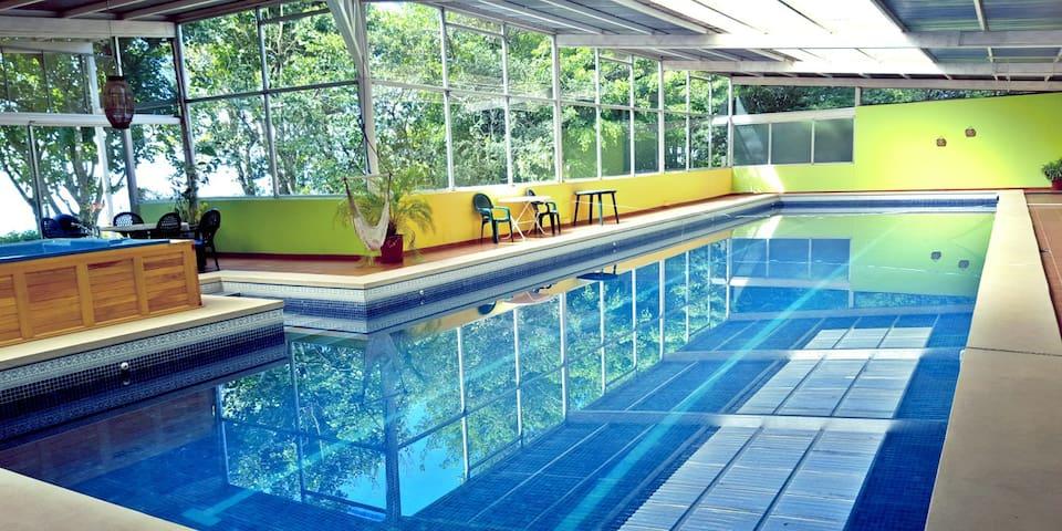 PRIVATE VILLA Ocean Views, Pool, Hot Tub, Yoga