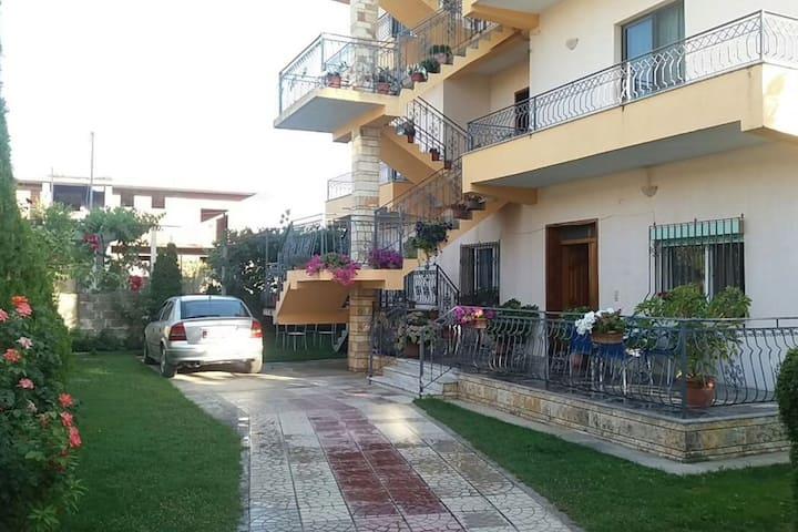 Vila Sara - Apartment