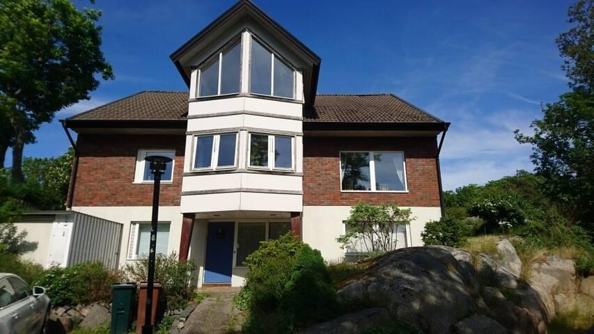 Trevlig villa i Kullavik,närhet till havet v.26-33