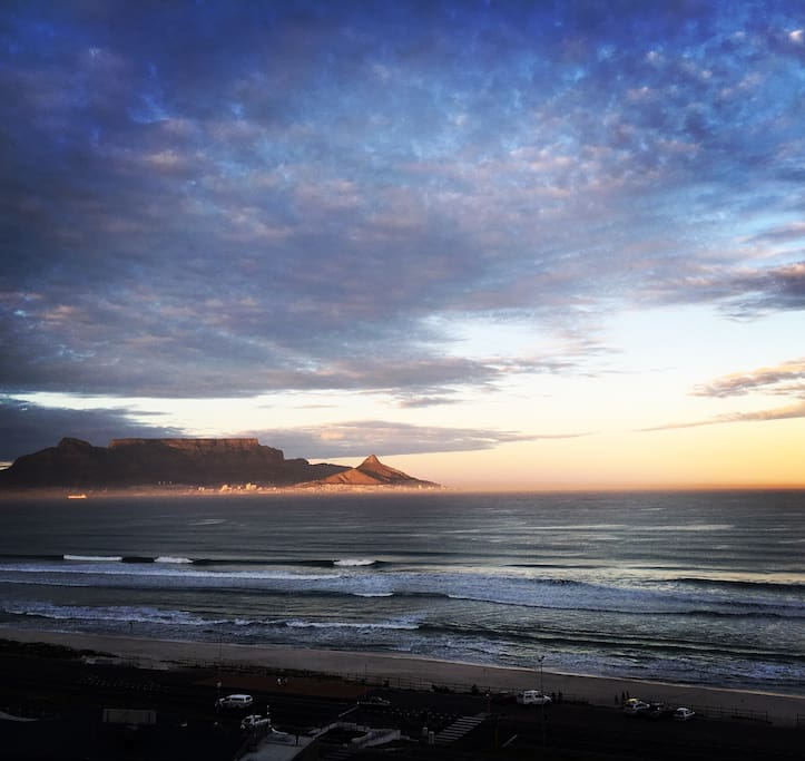 Sunrise in Blouberg from Infinity