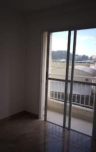 Apartamento inteiro novo!!