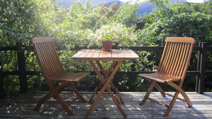 Sunny, private flat close to lake - Queenstown - Lejlighed