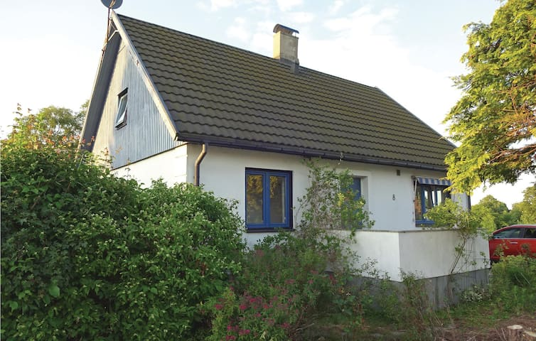 Holiday cottage with 3 bedrooms on 100 m² in Gärsnäs