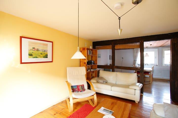 Waldecksches Bauernhaus obere Fewo - Edertal - Appartement