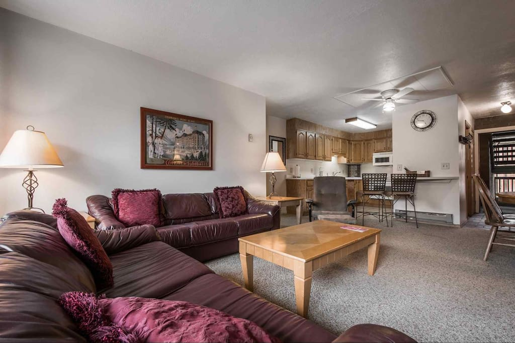 Fantastic and comfortable downtown 3 Bedroom, 2 Bathroom Park City condo with a private balcony, three large bedrooms, remodeled bathrooms, a wood bur