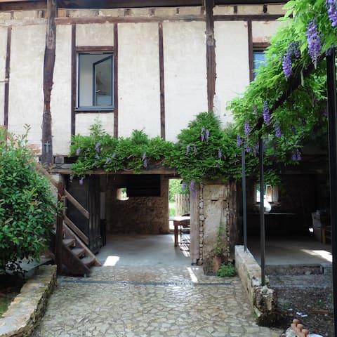 """Chambre et salle de bain privée """"Ambel"""" - Saint-Jean-en-Royans - อพาร์ทเมนท์"""