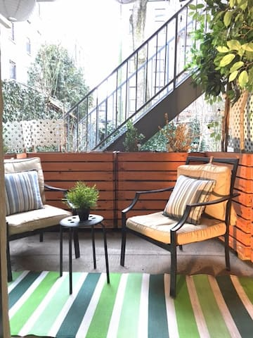 Charming Studio with your Own Private Patio