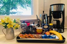 Wake up to a light breakfast. There is always fresh coffee, tea, fruit, orange juice, biscottis, and muffins.