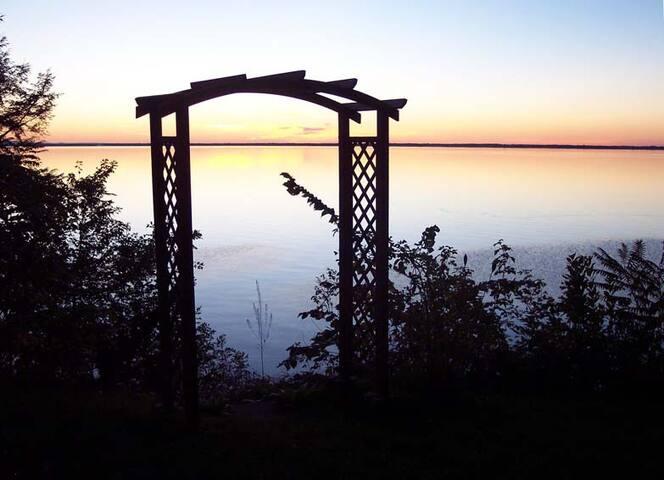 Paradis au bord du lac - Saint-Armand - Chalé