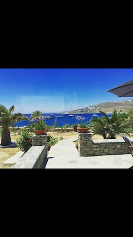Only yours Mykonos, the superior studio
