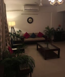 Spacious elegant condo with private parking. - Greater Noida  - Διαμέρισμα