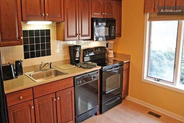 Massanutten Woodstone Apartment Units, 2BR & 2BA